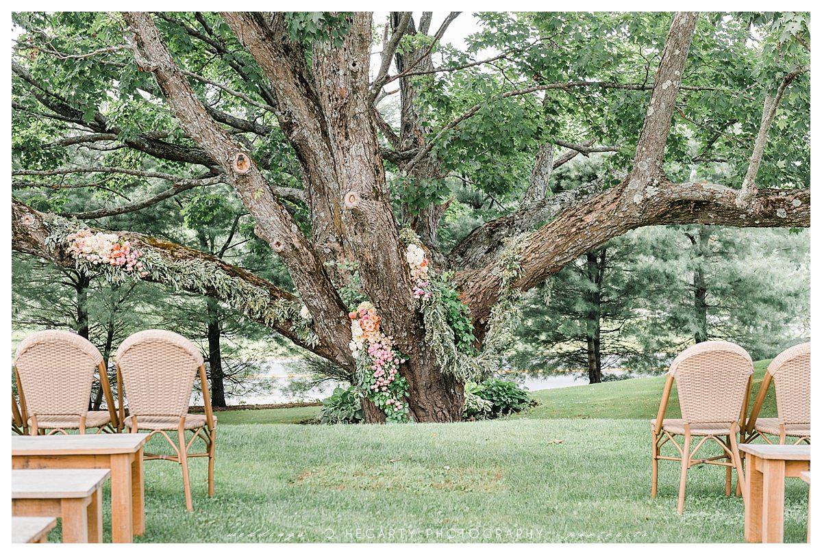 red barn outlook Farm wedding, The red barn at outlook farm wedding, barn weddings in ME, The Red Barn at Outlook Farm Wedding in South Berwick, ME | Danielle & Matt, Boston Fine Art Wedding Photographer - Qian Hegarty Photography