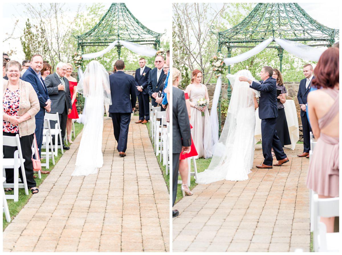 wedding ceremony Wedgewood Granite Rose Wedding photographer Hampstead, NH Q Hegarty Photography